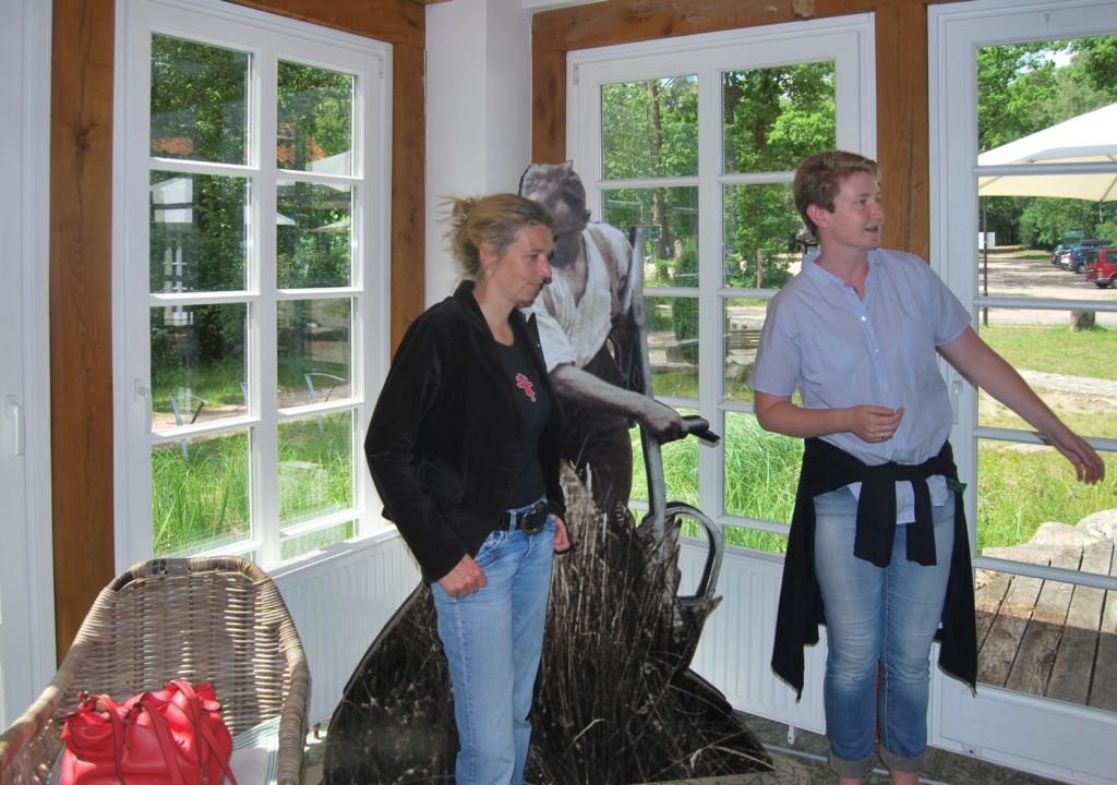 Svenja Stadler besucht HeideErlebniszentrum